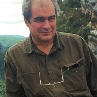 Prof. Paul Marinos